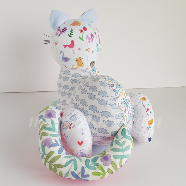 downloadable cat sewing pattern